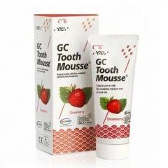 GC Tooth Mousse Реминерализиращ дентален крем с вкус на ягода 35 мл