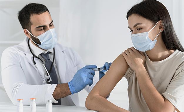 Връзката между тромбозите и векторните ваксини срещу COVID-19